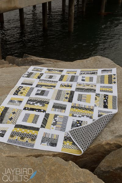 jelly roll quilt---Jaybird Quilts web/blogsite has lots of interesting tutorials and quilt sample.