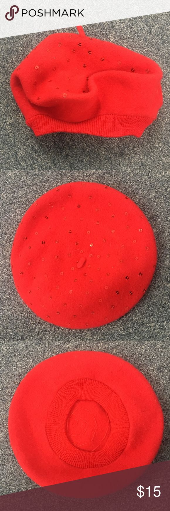 GAP kids/Beret Red wool/nylon beret w/red sequins. Excellent condition. More que…