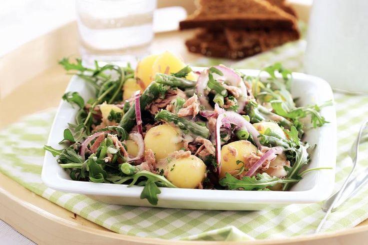 Aardappelsalade met tonijn en sperziebonen - Recept - Allerhande