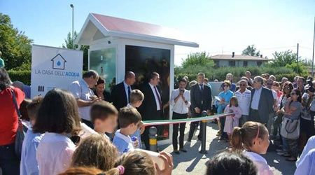 Rimini inaugura due Case dell'Acqua!  Via Bidente, al Villaggio Primo Maggio e in Via Euterpe. #rimini #casadellacqua #inaugura #viabidente #viaeuterpe