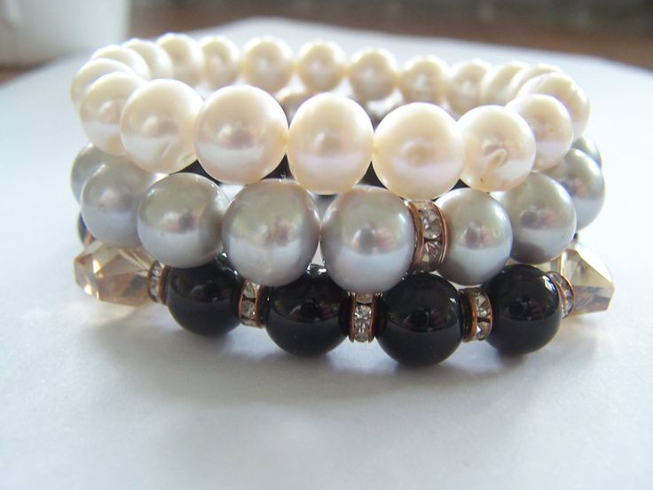 pearls white, pearls gray and onyx stone