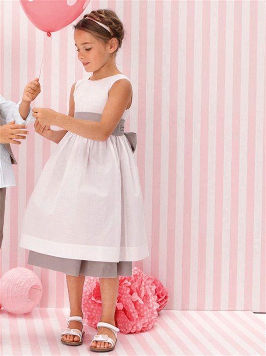 les 25 meilleures id es de la cat gorie demoiselle d 39 honneur grise sur pinterest robes de. Black Bedroom Furniture Sets. Home Design Ideas