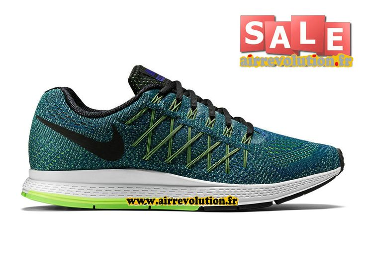 Shop Women's Nike Green Blue size Sneakers at a discounted price at  Poshmark. Sold by lovejoydesigns.