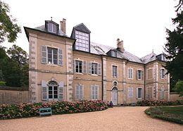 Madame Dupin de Francueil , grand-mère de G Sand ,  achète le23Aout1793 le domaine de Nohant