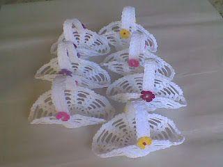Croche da Sarinha: mini-cestinha de croche endurecido