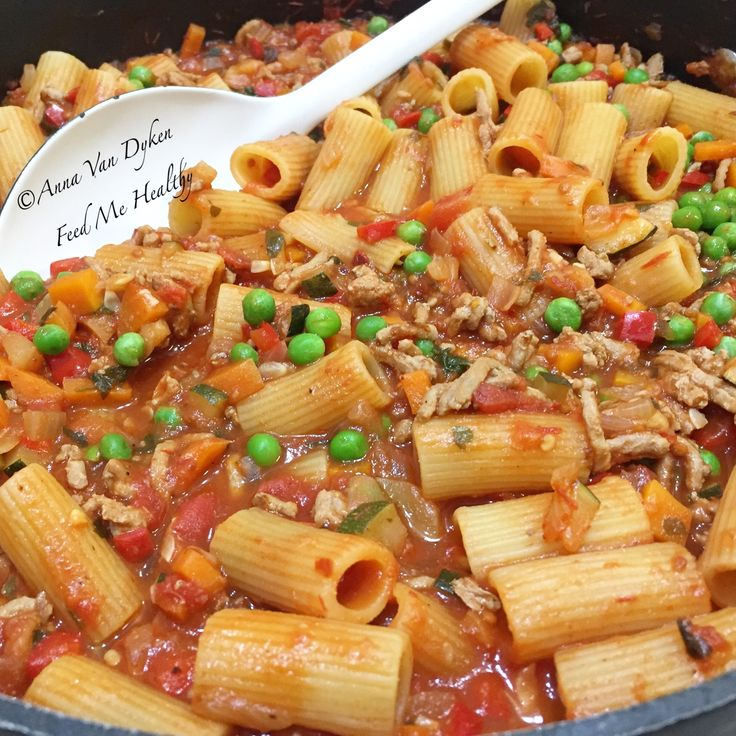 One Pan Pasta Bolognaise With Peas
