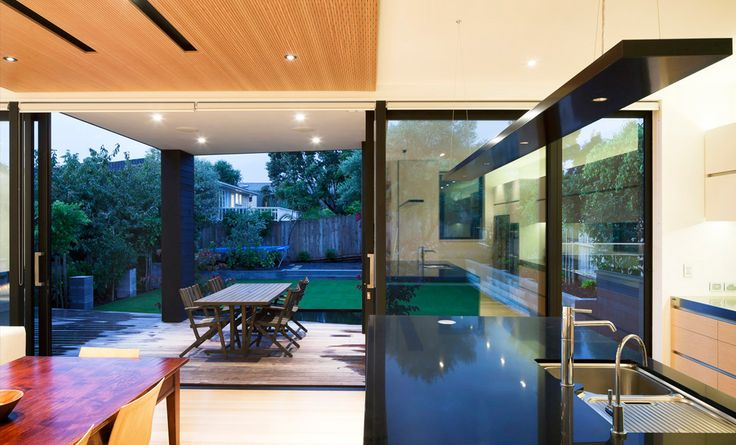Contemporary New House in Point Chevalier by Architecture Smith + Scully Ltd.