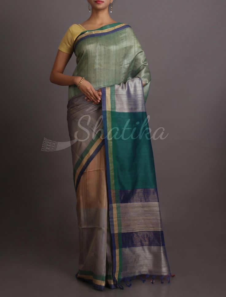 Malvika Contrast Pallu On Move #KhadiSilkSaree