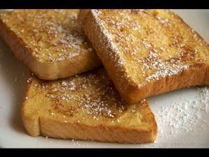 Dutch food: wentelteefjes by Ellennn | plain white bread dipped in MILK, sugar and cinnamon, baked in a normal frying pan | pinned by http://www.cupkes.com/