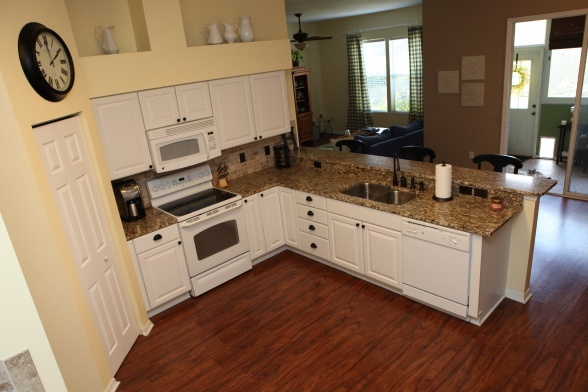 Internal Knock Through Between Kitchen And Dining Room: If We Knock Out The Wall Between Kitchen And Dining Room