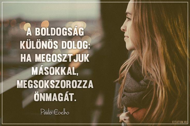 Paulo Coelho idézete a boldogságról.