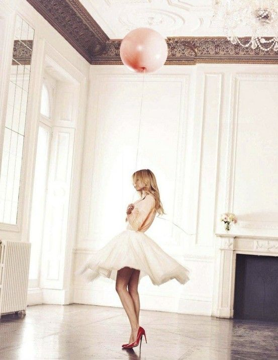 .: Clémenc Poési, Pink Balloons, Red Shoes, Clemence Poesy, Pale Pink, Glamour Uk, Soft Color, Editorial Photography, Hot Heels