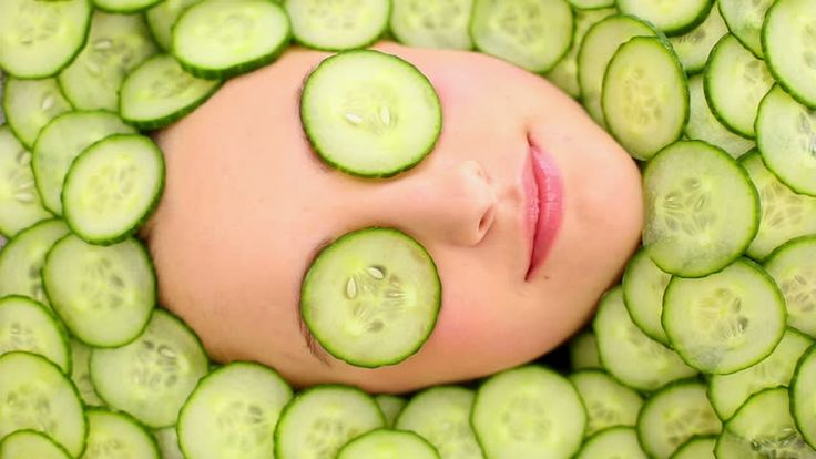 Puffy eyes? This all #NaturalDIY will leave you looking refreshed. #CucumbersNeeded http://www.calmskincare.com/cucumber-eye-treatment-recipes-s/1896.htm