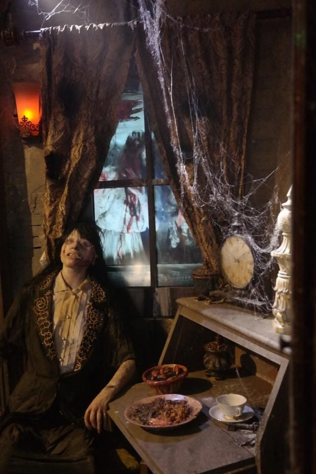 The 13 Top Haunted Houses in the U.S.