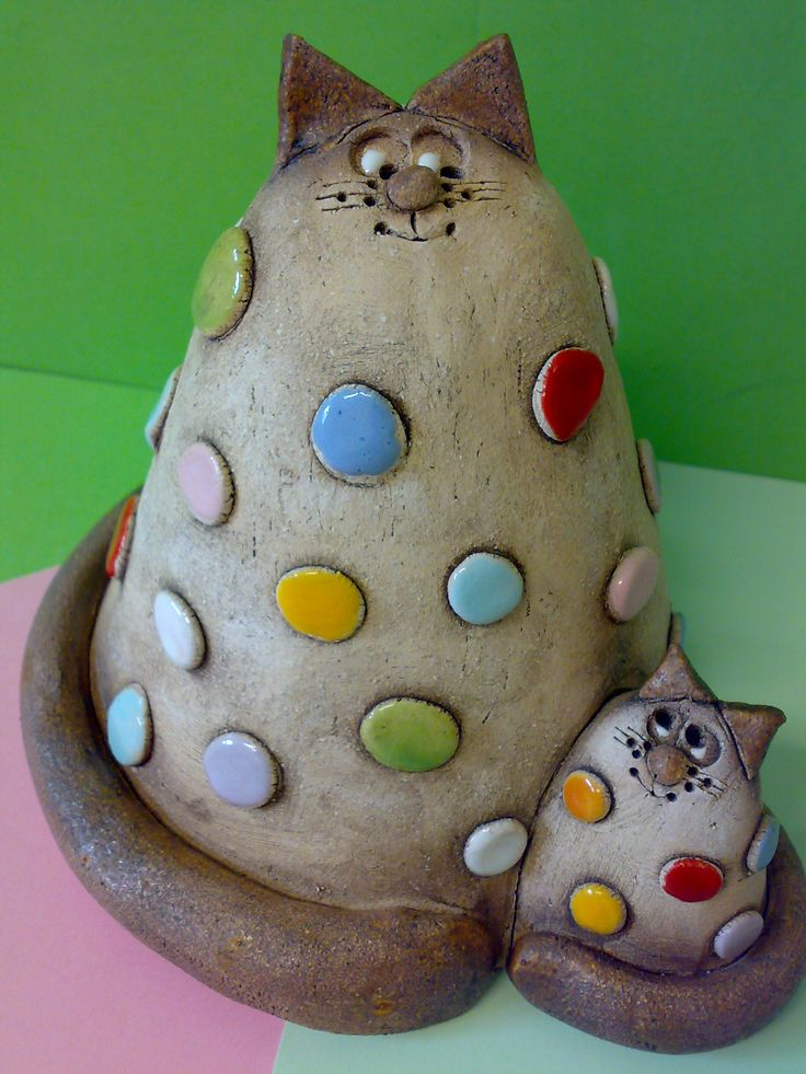 Máme+rádi+lentilky!+Soška-+dvousoška+maminka+kočička+a+její+malé+koťátko,+lentilkoví+fanoušci!+13.5+x+16+cm