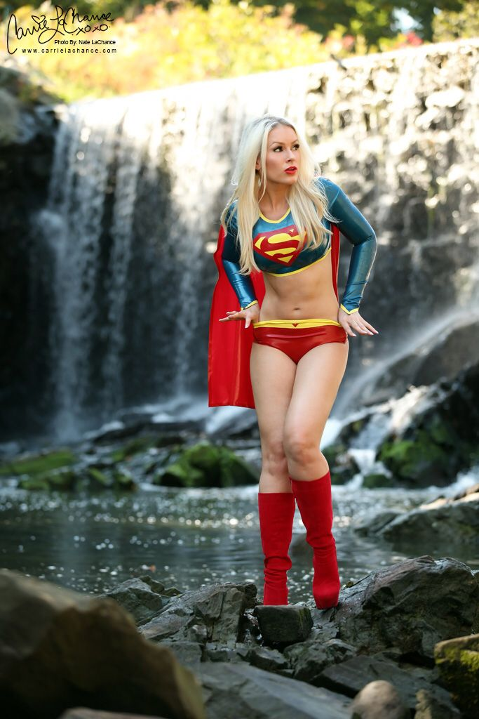 Super Girl Playing In Water  Cosplay - Droid-Fire, Anime -8363