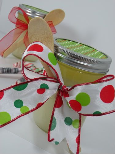 Quickie Candy Cane Sugar Scrub, great hostess gift for those Christmas Parties :-)