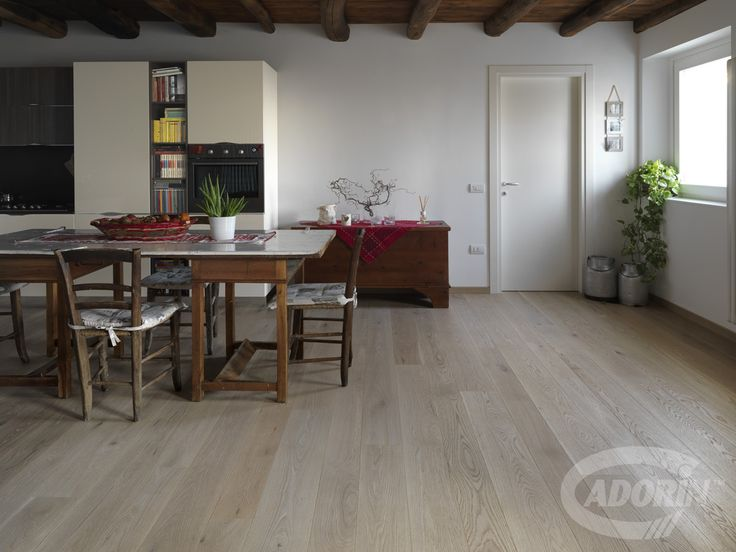 Oak wood flooring / Parquet in Rovere
