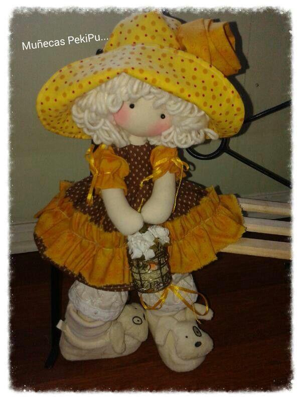 Linda muñeca hecha a mano...Valentina