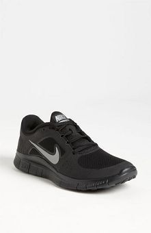 A Simple yet Powerful Style Machine Named Aztec Nike Shoes - Be Modish - Be Modish