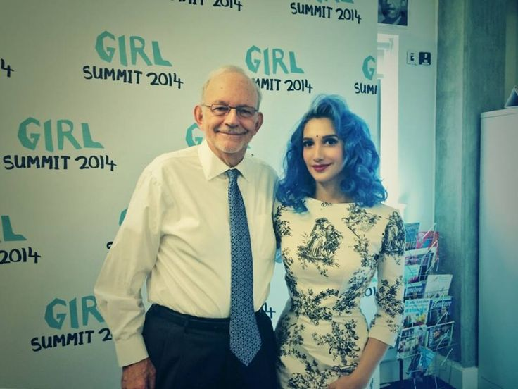 At the Girl Summit with UNICEF: See my question to David Cameron here: https://www.youtube.com/watch?v=qXHn7ke0szg