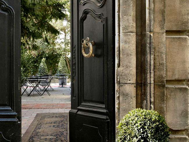 18th-century manor house hotel in Arles, South of France -  L'Hotel Particulier