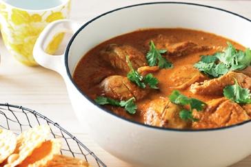 Tandoori chicken with butter-tomato sauce