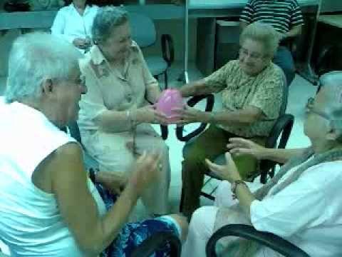 jogo das cadeiras com balões