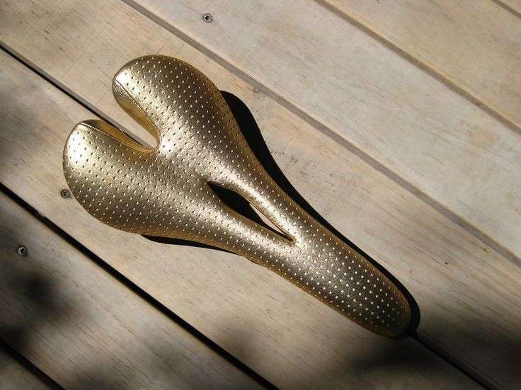 Busyman Bicycles: Selle San Marco Aspide: Gold