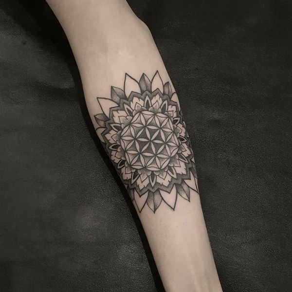 39 Best Mandala Forearm Tattoo Designs For Men And Women Hand Tattoos Hand Tattoos For Women Hand Tattoo Images