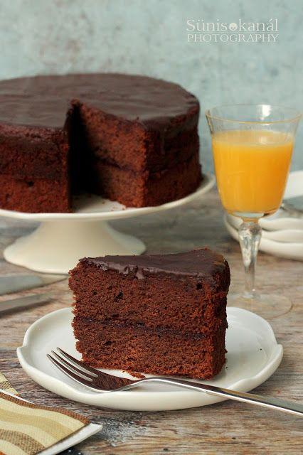 Brownie torta meggylekvárral