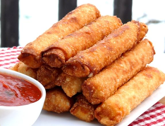 not my healthiest pinned recipe but looks delish....Fried Mozzarella-Pepperoni Sticks