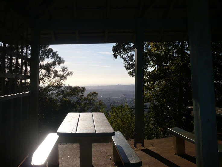 Picnic on the Edge - looking across from the mountain village Montville to the Sunshine Coast beaches.