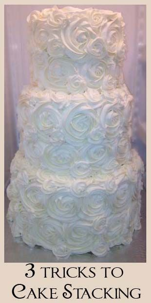 Stacking Wedding Cakes Using Dowels