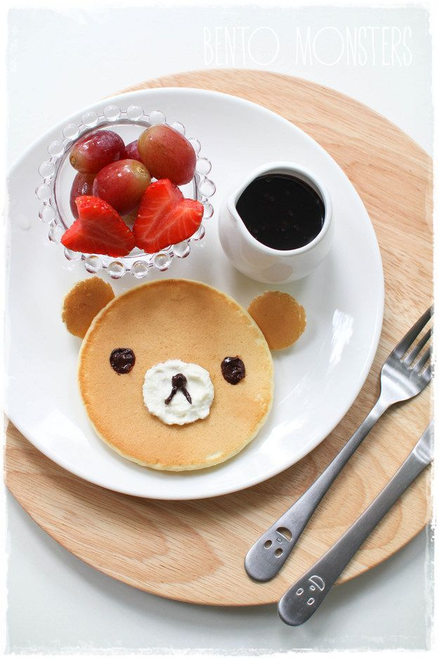 A cute lil' bear face requires minimum effort. | 18 Easy Creative Pancake Recipes On Pinterest