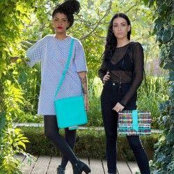 """Collection sac à main """"ethnique"""" fabriqués à la main au Sénégal en cuir et tissu wax chez Mis Wude."""