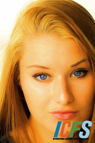 International Canadian Fashion Showcase Model Anna Kl
