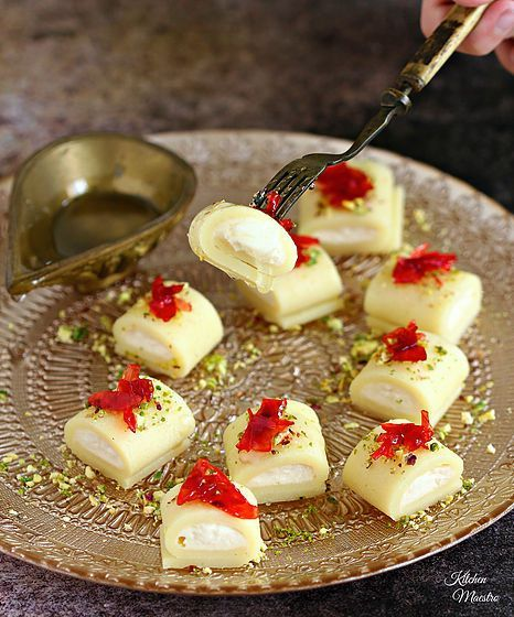 Halawet el jibn (sweet cheese rolls), one of the Middle/Eastern Arabic sweets which everyone in my family craves for it especially during Ramadan,,and no wonder! As it is so luscious you'll get addicted! ! It is a traditional Syrian dessert and very famous in Levant region