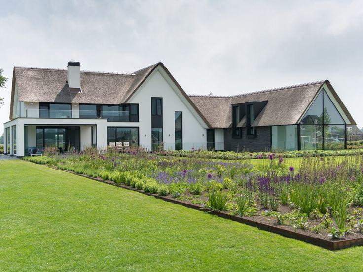 25 beste idee n over gekke huizen op pinterest luxe for Huizen ideeen