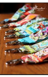 Here's how to make those ruffled key fob things for your keychain
