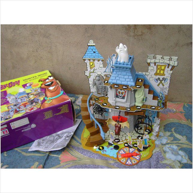 Haunted House Browser Game: Scooby Doo Haunted House 3D Board Game