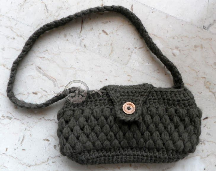 Berenike's Hobby http://berenikehobby.blogspot.it/2013/11/wool-bag-winter-is-coming.html