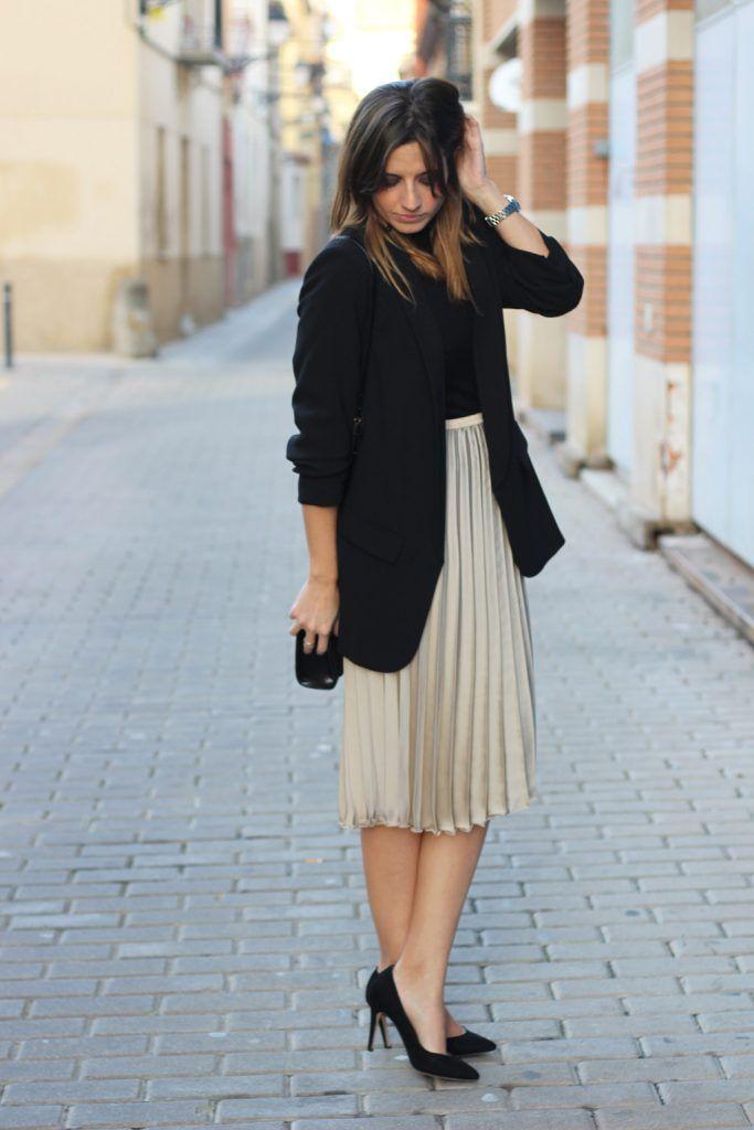 outfit para navidad con falda plisada
