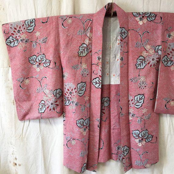 Vintage Haori Kimono Jacket Silk Charming by JapaneseBOROshop