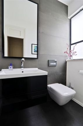 חדר שירותים בשחור לבן / בתים - סטודיו לאדריכלות ועיצוב פנים - נורית גפן - אורלי רובינזון, האתר הישראלי לעיצוב