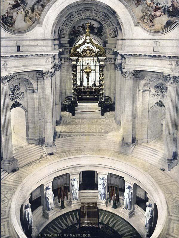 Paris France -  Tumba de  Napoleón