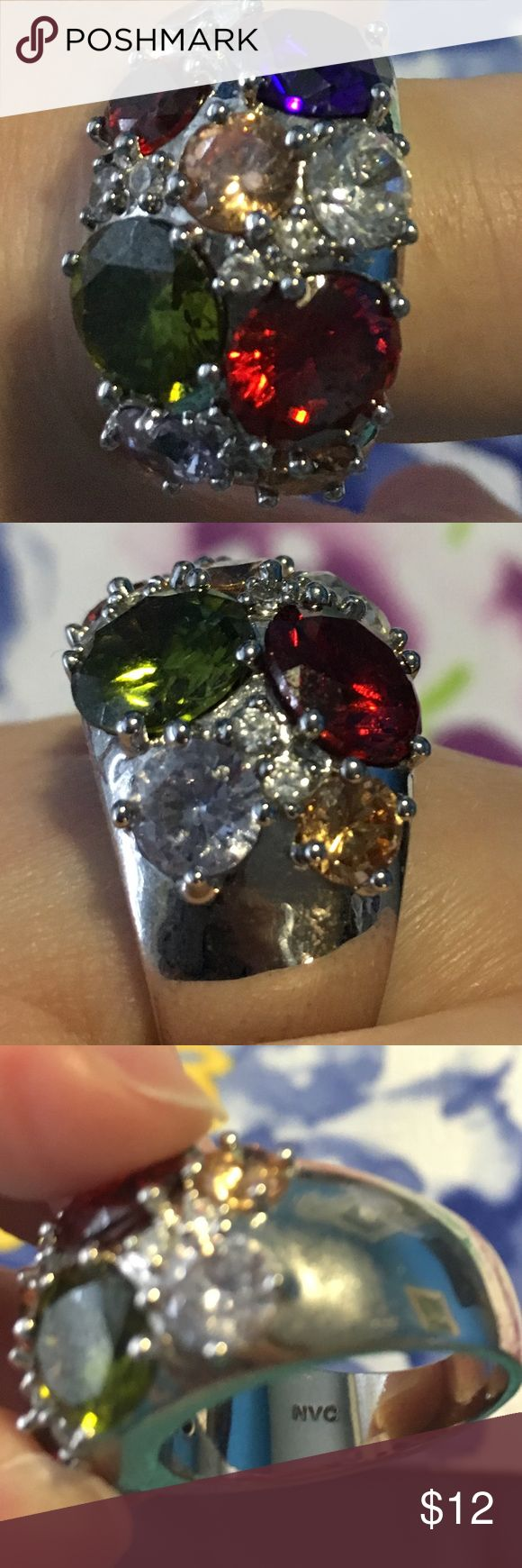 Women's Ring Lovely Avon ring size 9! As pictured!  🚭Smoke free home! 💙Offers are welcomed💙 Avon Jewelry Rings