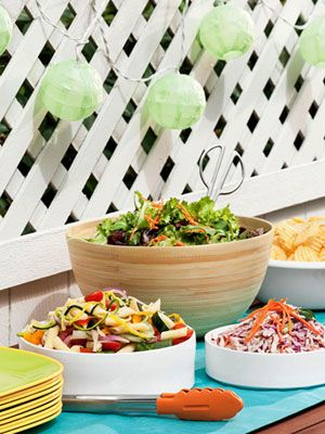 Position your buffet under an overhang or umbrella to protect it from the elements. #party tip #bbq #memorialday