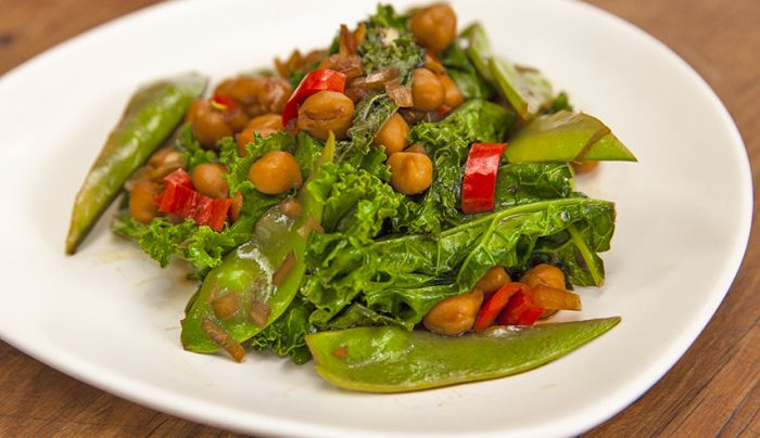 Stir-Fried Chickpeas, Snow Peas and Kale - Good Chef Bad Chef