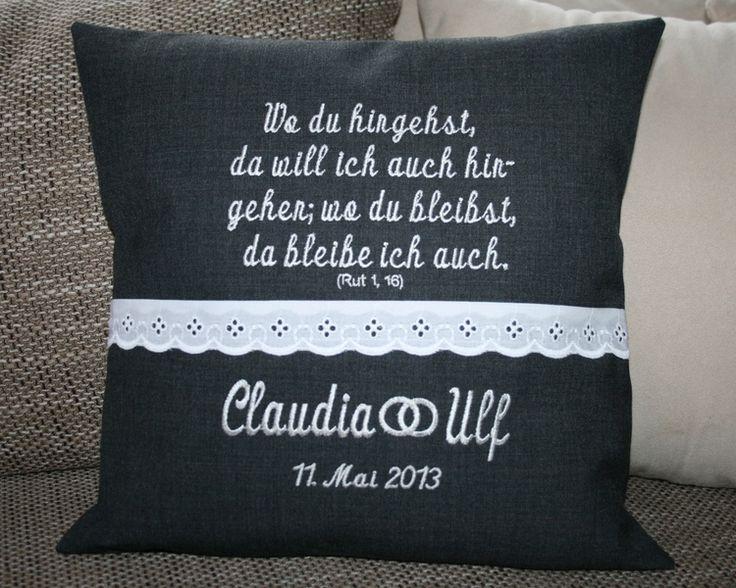 Kissen zur Hochzeit - Hochzeitsgeschenk von Pompanella´s zauberhafte Ideenwelt auf DaWanda.com